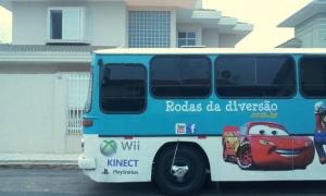 Ônibus com games na sua casa