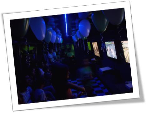 Festa com videogames no ônibus